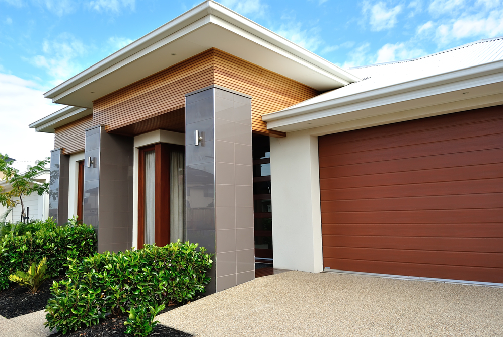 Garage Roller Door Repairs Officer, Pakenham, Dandenong and Cranbourne
